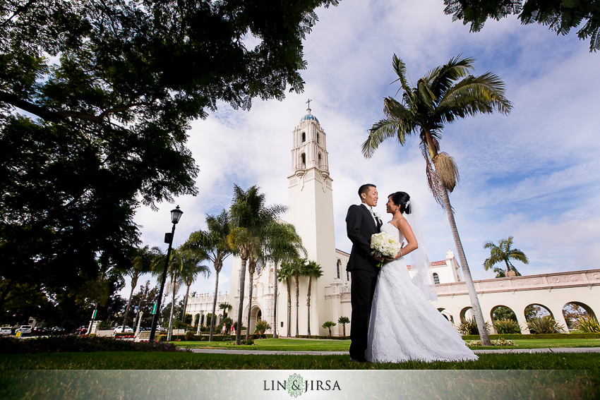 16-manchester-grand-hyatt-san-diego-wedding-photographer-just-got-married-photos