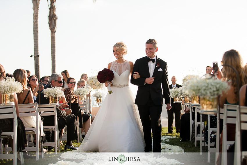 18-hotel-del-coronado-san-diego-wedding-photographer-bride-groom-married