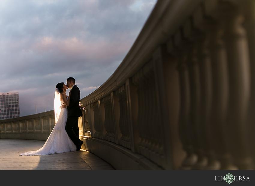 21-manchester-grand-hyatt-san-diego-wedding-photographer-bride-and-groom-photos