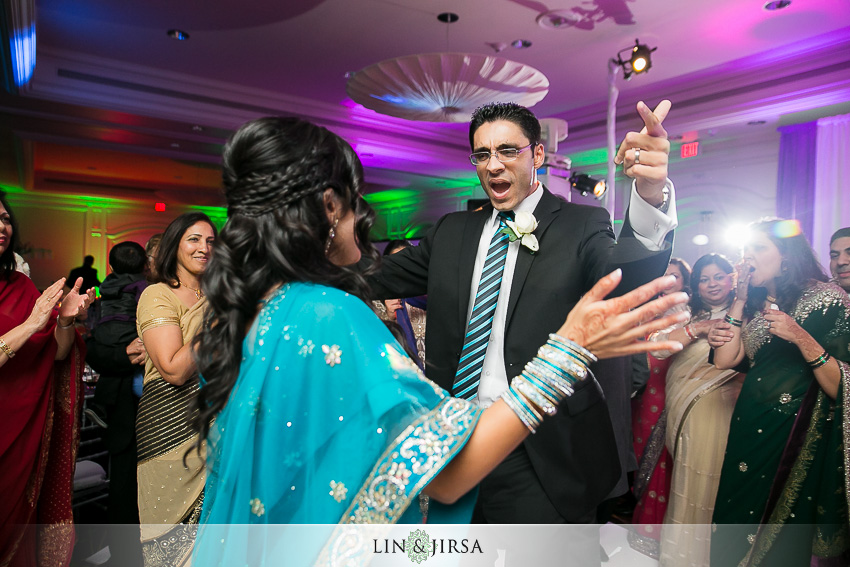 22-hilton-irvine-wedding-photographer