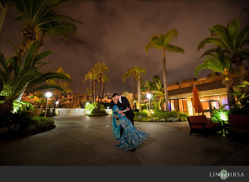 24-hilton-irvine-wedding-photographer-bride-and-groom-night-time-potraits