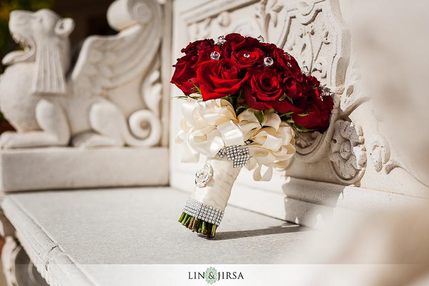 02-los-coyotes-country-club-buena-park-wedding-photographer-wedding-bouquet