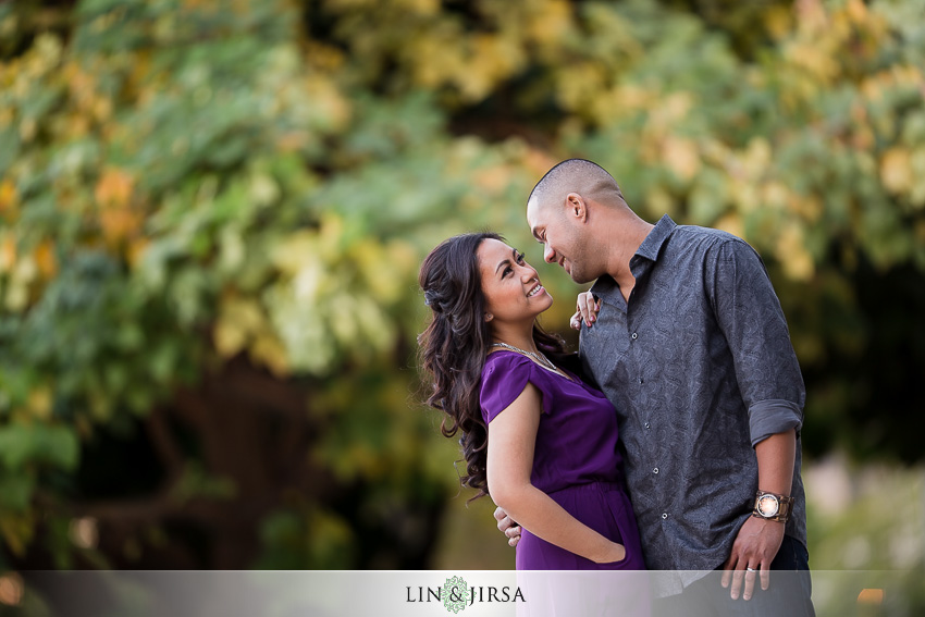 03-downtown-los-angeles-engagement-photos