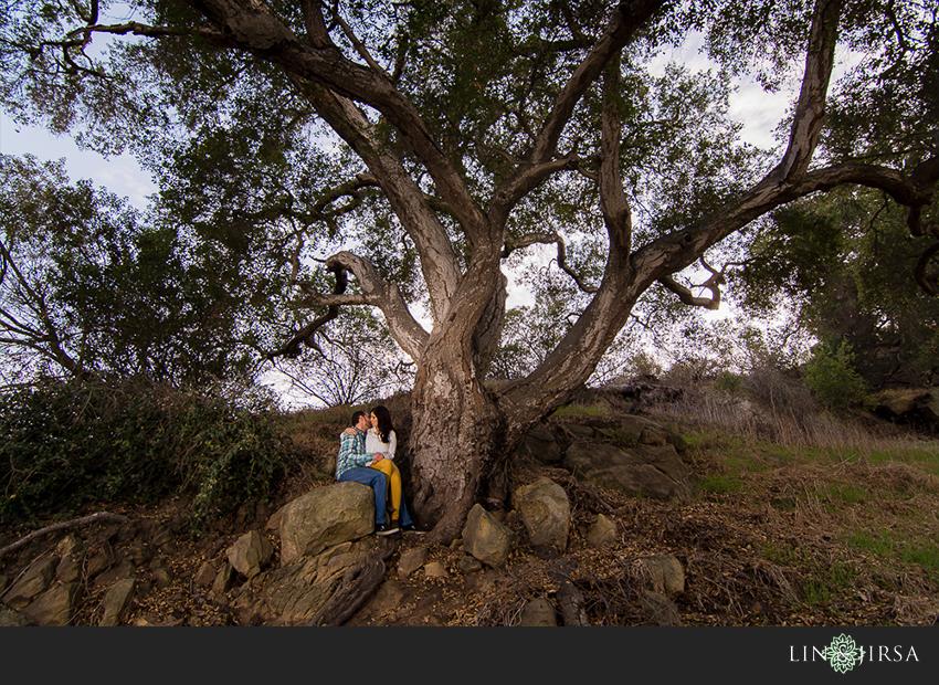 03-fun-laguna-beach-engagement-photos