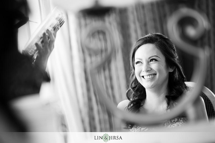 03-los-coyotes-country-club-buena-park-wedding-photographer-bride-getting-ready