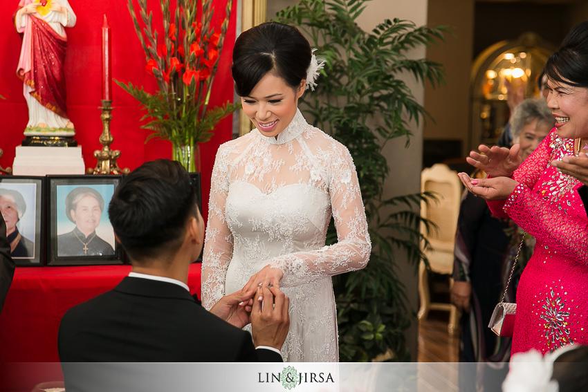04-double-tree-by-hilton-santa-ana-wedding-photographer