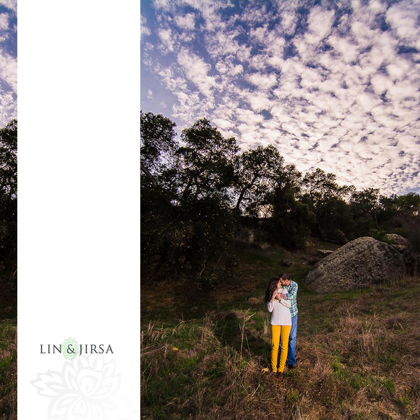 05-fun-laguna-beach-engagement-photos