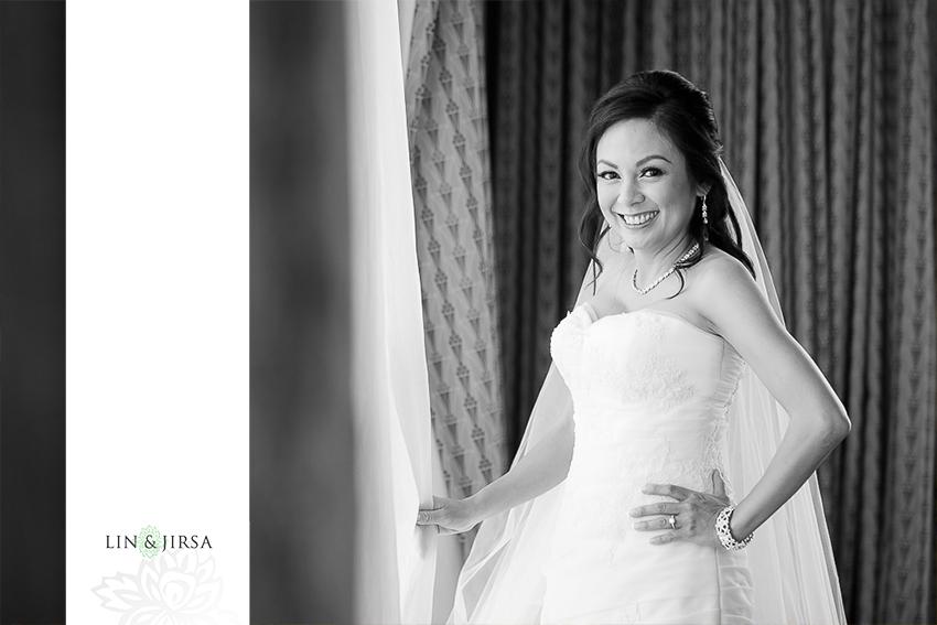 05-los-coyotes-country-club-buena-park-wedding-photographer-bride-portraits