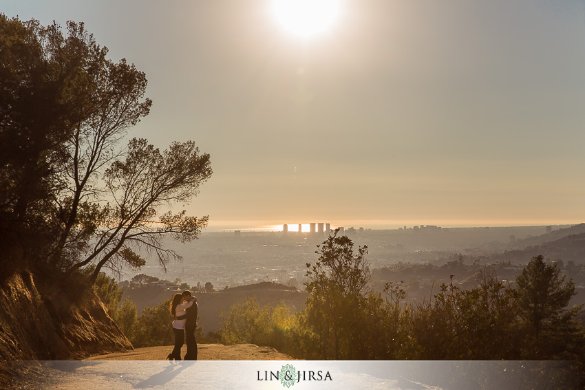 06-los-angeles-griffith-observatory-engagement-photographer