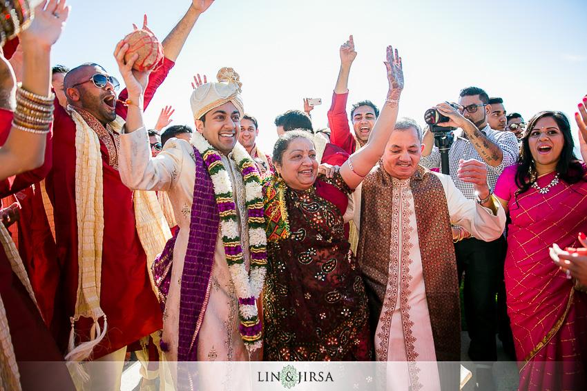 07-the-ritz-carlton-laguna-niguel-indian-wedding-photographer-indian-baraat-photos