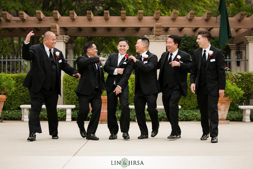 08-los-coyotes-country-club-buena-park-wedding-photographer-fun-groom-and-groomsmen-photos