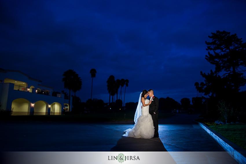 11-los-coyotes-country-club-buena-park-wedding-photographer-bride-and-groom-wedding-day-portraits
