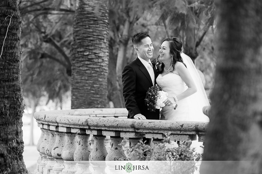 18-los-coyotes-country-club-buena-park-wedding-photographer-fun-photos