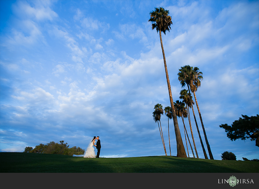 19-los-coyotes-country-club-buena-park-wedding-photographerbride-and-groom-beautiful-wedding-photos