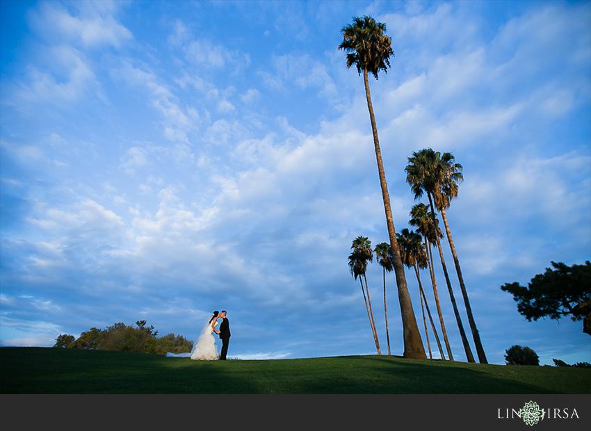 19-los-coyotes-country-club-buena-park-wedding-photographerbride-and-groom-beautiful-wedding-photos