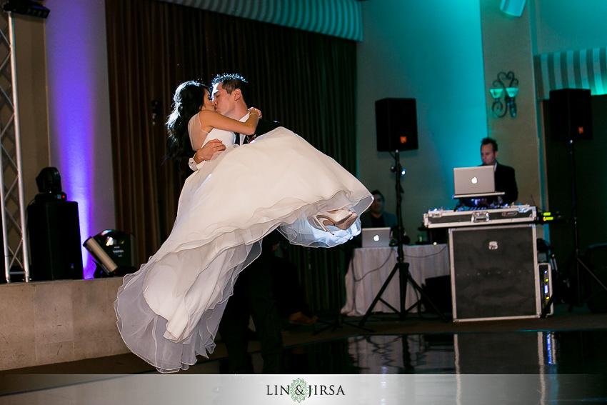 21-the-grand-long-beach-event-center-wedding-photographer-breathtaking-first-dance-photos