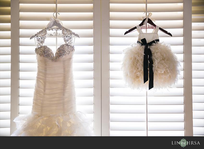 02-balboa-bay-club-newport-beach-wedding-photography-flower-girl-dress