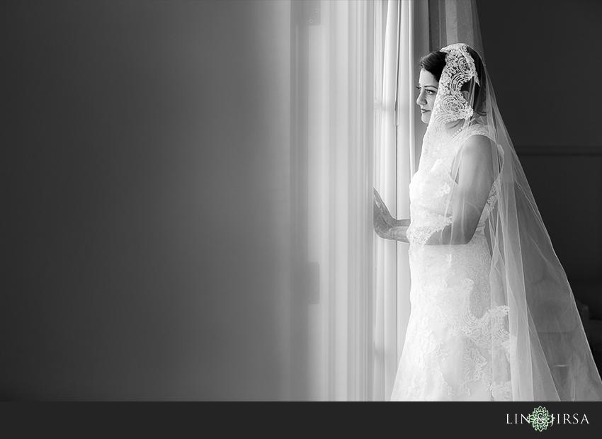 04-ritz-carlton-laguna-niguel-indian-wedding-photographer-bride-portrait-wedding-day