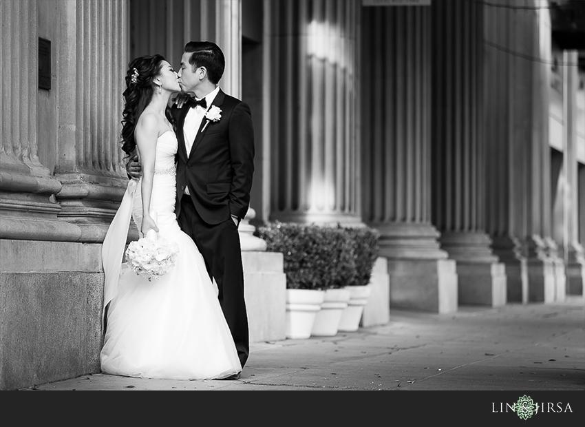 08-millennium-biltmore-hotel-los-angeles-wedding-photographer-romantic-wedding-day-photos