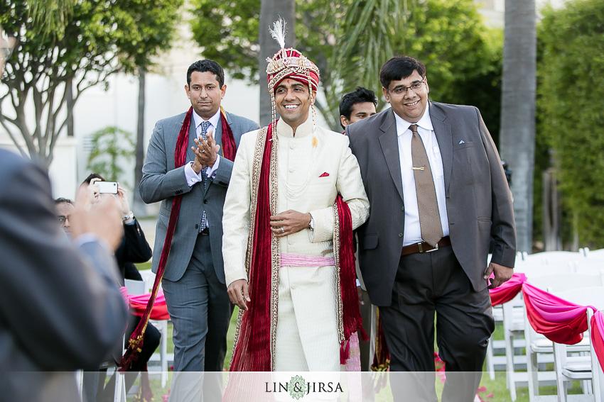11-hyatt-long-beach-indian-wedding-photographer-groom-ceremony-photos