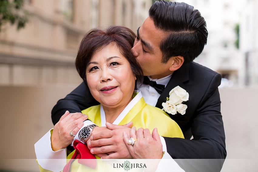 12-millennium-biltmore-hotel-los-angeles-wedding-photographer-mother-and-groom-photos