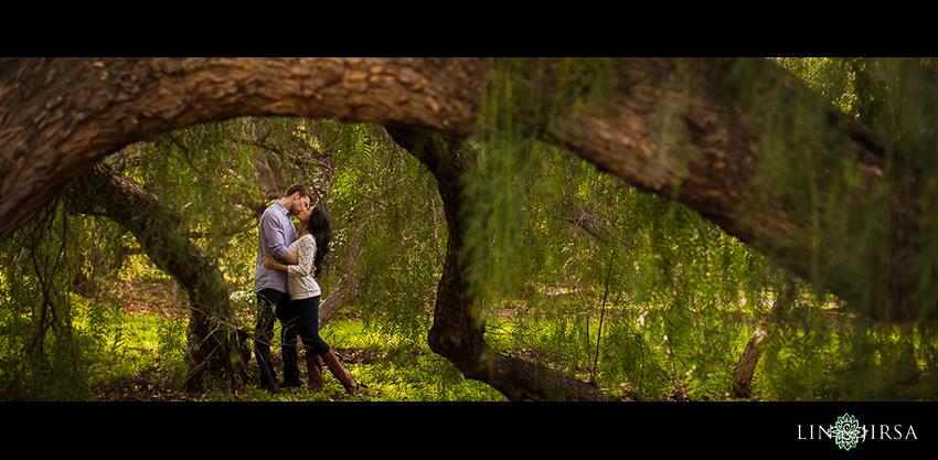 13-irvine-regional-park-engagement-photographer