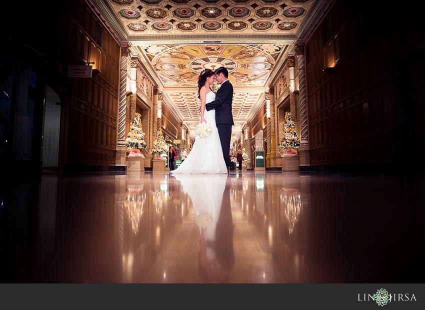 16-millennium-biltmore-hotel-los-angeles-wedding-photographer-romantic-wedding-day-pictures