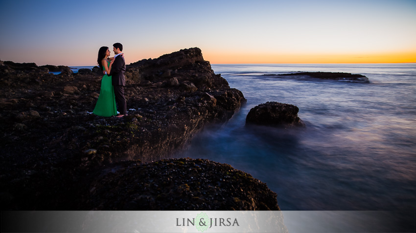 16-romantic-orange-county-engagement-photography