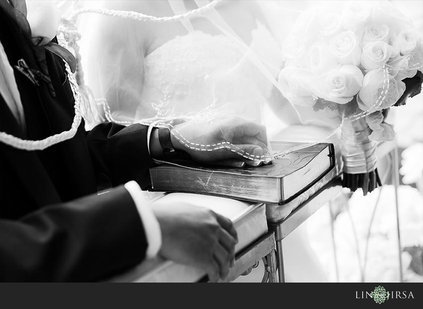 17-hotel-bel-air-los-angeles-wedding-photographer-holy-bible-wedding-day