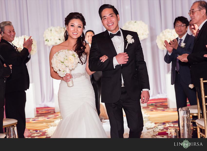 24-millennium-biltmore-hotel-los-angeles-wedding-photographer
