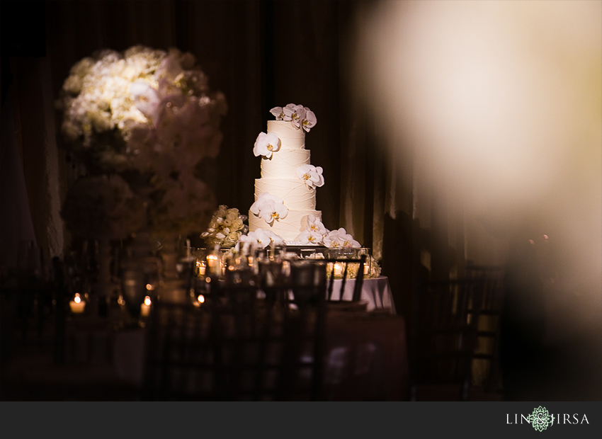 26-hotel-casa-del-mar-santa-monica-wedding-photographer-wedding-cake