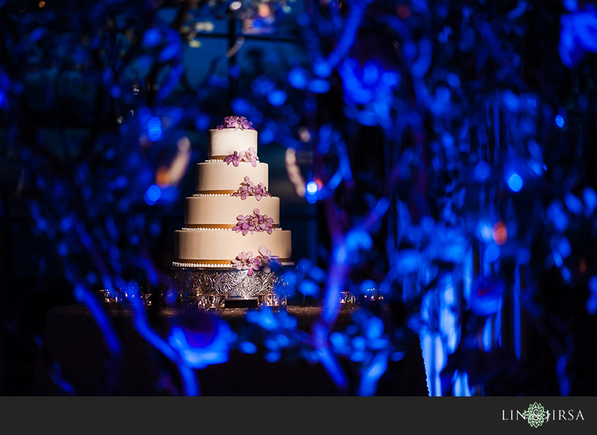 27-the-resort-at-pelican-hill-newport-beach-wedding-photographer--beautiful-wedding-cake-photos
