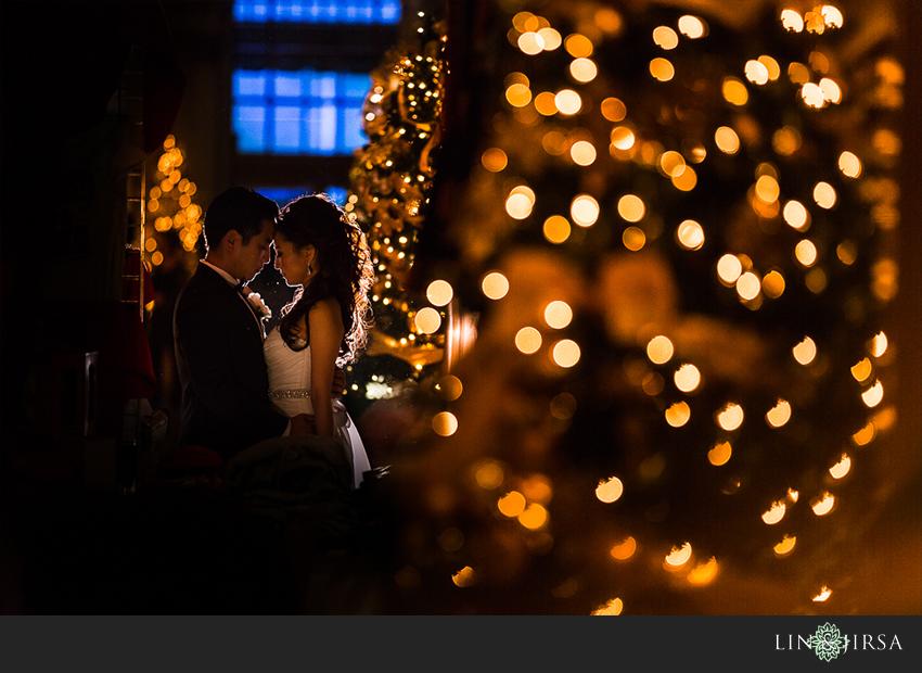 30-millennium-biltmore-hotel-los-angeles-wedding-photographer-romantic-bride-and-groom-wedding-day-photos