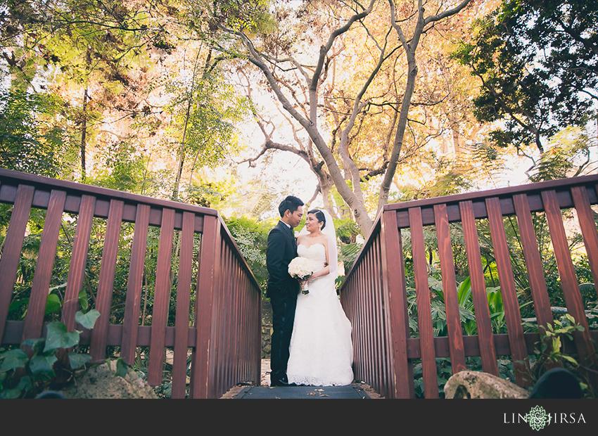 31-hotel-bel-air-los-angeles-wedding-photographer-bride-and-groom-wedding-day-portraits