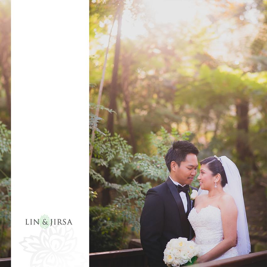 32-hotel-bel-air-los-angeles-wedding-photographer-bride-and-groom-wedding-day-portraits