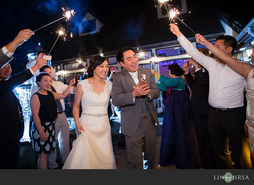 32-summit-house-fullerton-wedding-photographer-sparkler-exit-pictures