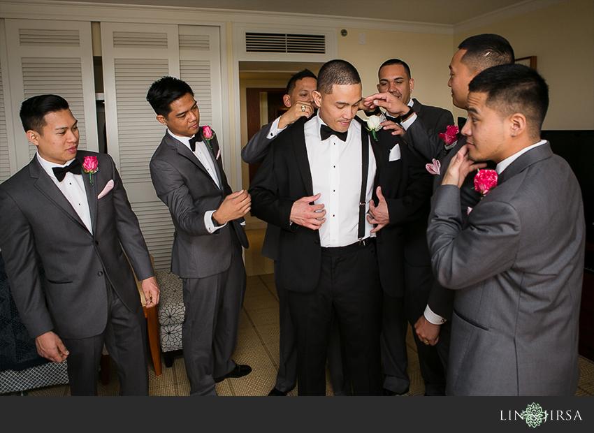 05-jw-marriott-ihilani-ko-olina-hawaii-wedding-photographer-groom-getting-ready