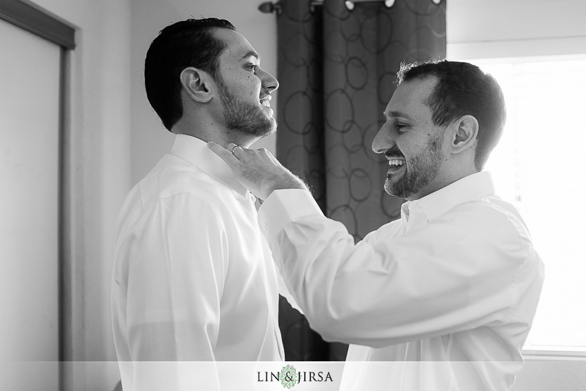 05-richard-nixon-yorba-linda-wedding-photography-groom-getting-ready