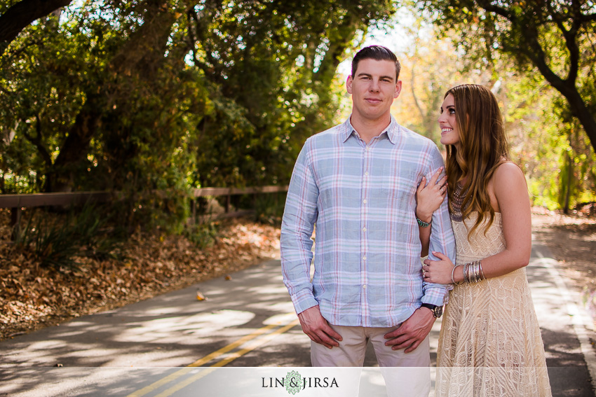 07-love-is-in-the-air-engagement-photos
