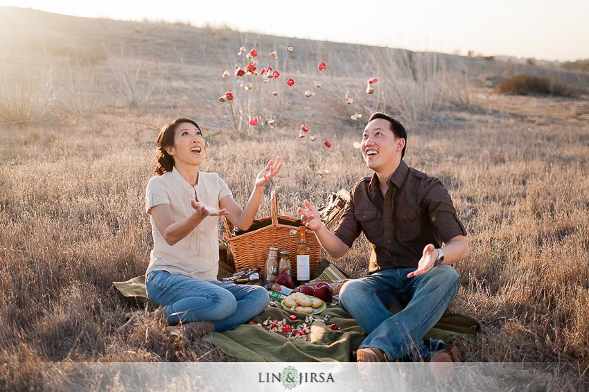 09-romantic-orange-county-park-engagement-photographer