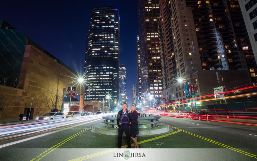 11-gorgeous-downtown-los-angeles-night-time-engagement-photos