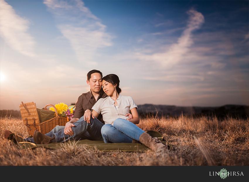 12-romantic-orange-county-park-engagement-photographer