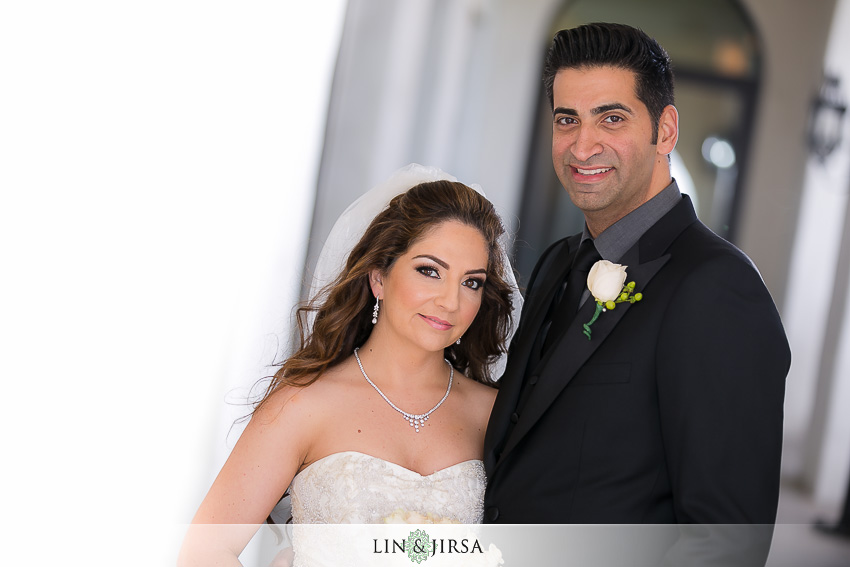 10-hyatt-huntington-beach-orange-county-wedding-photographer-bride-and-groom-wedding-portraits