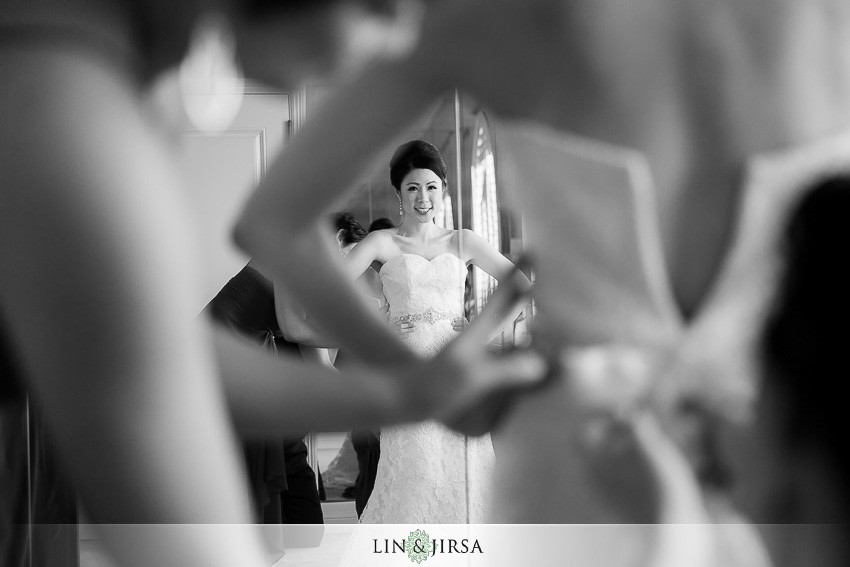 05-hotel-casa-del-mar-santa-monica-wedding-photographer-bride-getting-ready-wedding-day