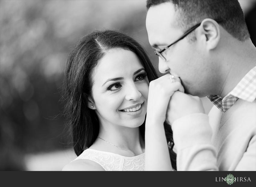 10-beautiful-mission-san-juan-engagement-photos