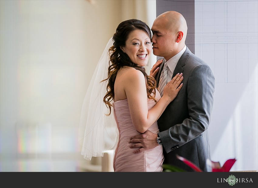 12-long-beach-museum-of-art-long-beach-wedding-photographer