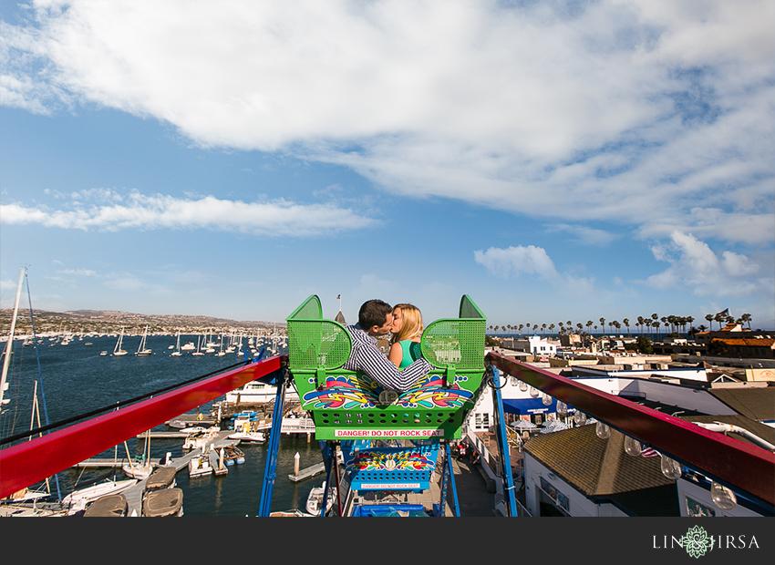 04-newport-beach-engagement-photos
