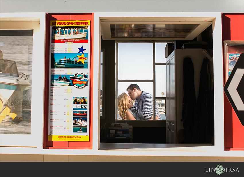 06-newport-beach-engagement-photos