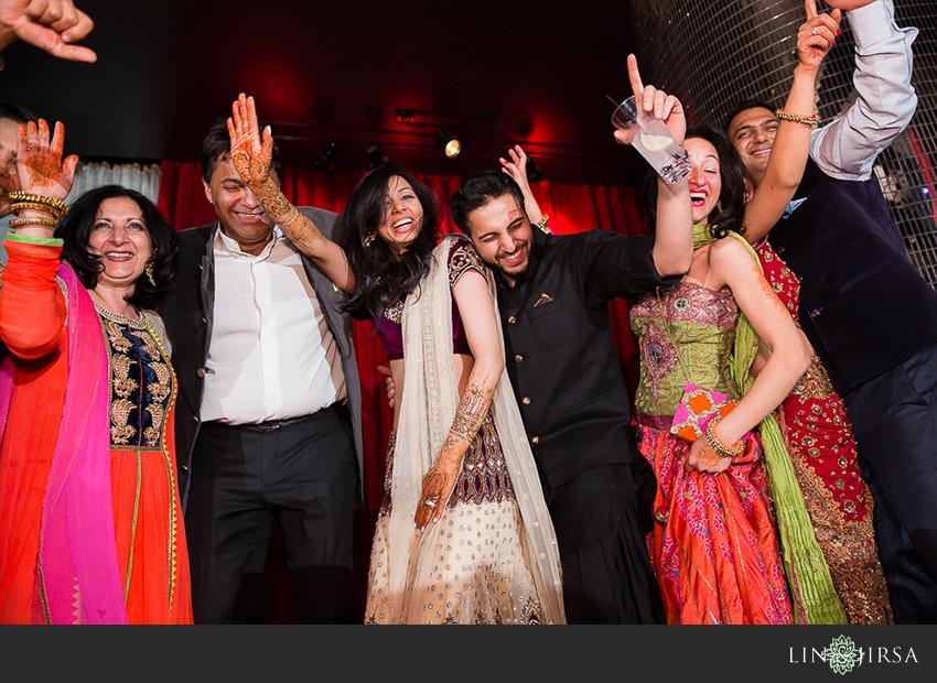 09-mehndi-party-w-hollywood-photos