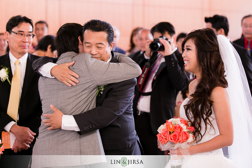 12-hilton-anaheim-wedding-photographer